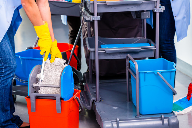 cleaning-ladies-mopping-floor_79405-418